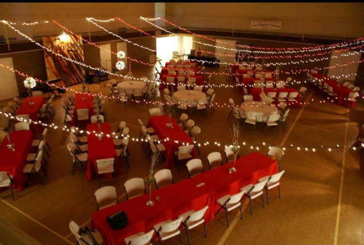 The Freemans To Host 6th Annual Christmas Banquet